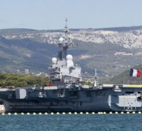 France sending nuclear aircraft carrier to Middle East after Paris Attack