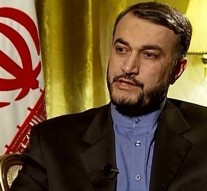 US pretends to be fighting ISIS: Iranian diplomat