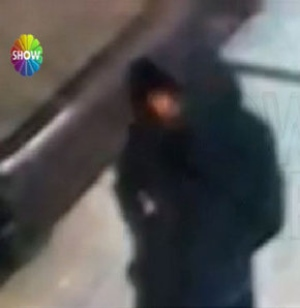 SHOW TV/Turkey A woman suspected of targetting Turkish police in a suicide attack in Istanbul on January 6, 2015 is captured on security cameras. (Show TV Istanbul)