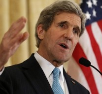 US Secretary of State Kerry warns Israeli PM against revealing details of Iran nuclear deal