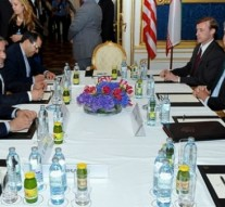 US and Iran officials resume nuclear talks in Switzerland