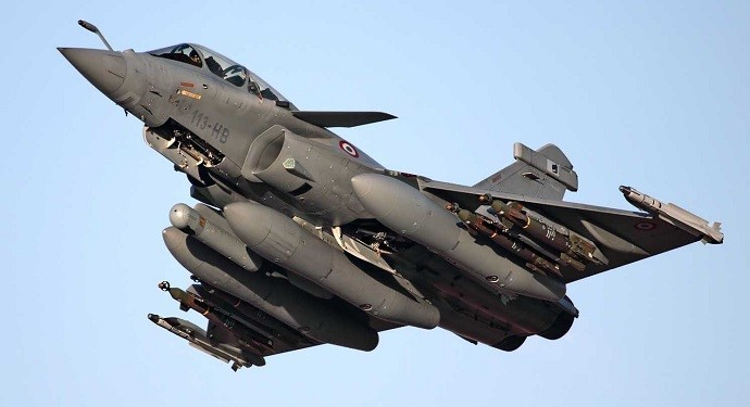 http://ir-ia.com/news/wp-content/uploads/2015/05/Rafale-Fighter-Jet-690x375.jpg