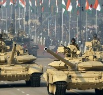India is world's largest arms importer; US and Russia main suppliers