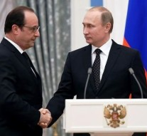 France and Russia ready to join forces against 'mutual enemy' ISIS group