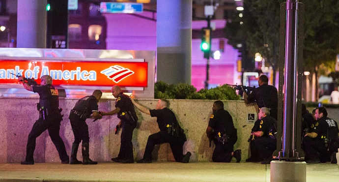 Dallas Police respond after shots were fired at a Black Lives Matter rally. Photo: Smiley N. Pool/DallasNews