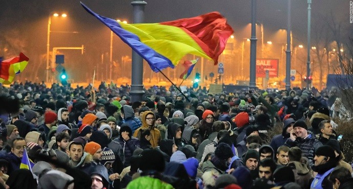 Romanian minister resigns amid huge anti-corruption protests