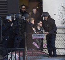 3 gunmen, 4 hostages killed in dramatic hostage raids in France
