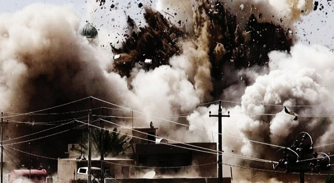 ISIS demolishes a historical mosque in Mosul