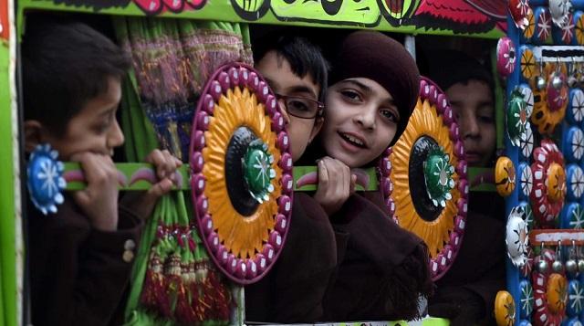 Peshawar schools reopen after terrorist attack