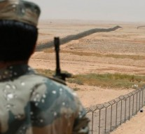 Saudi Arabia to build 600-Mile 'Great Wall' to keep out ISIS