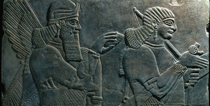 ISIS bulldozes ancient Iraqi city of Nimrud