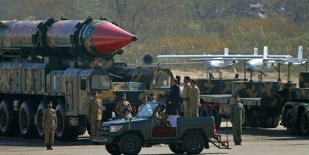 Saudi Arabia to buy nuclear weapons from Pakistan: report