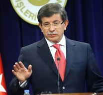 Turkish Prime Minister Davutoglu offers to help Iraq retake Mosul
