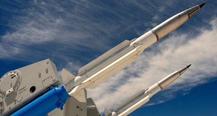 Russia threatens Ukraine over NATO missiles