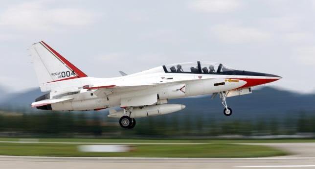 Vietnam eyes Western warplanes, Air Force upgrade to counter China