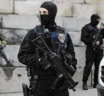 Paris attacks suspect Abdeslam captured in Brussels raid