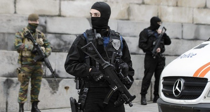 Paris attacks suspect Abdeslam captured in Brussels raid